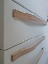 Möbelgriff aus Multiplex für lange Schublade